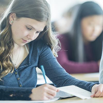 Parcoursup : le classement des établissements qui attirent les meilleurs lycéens